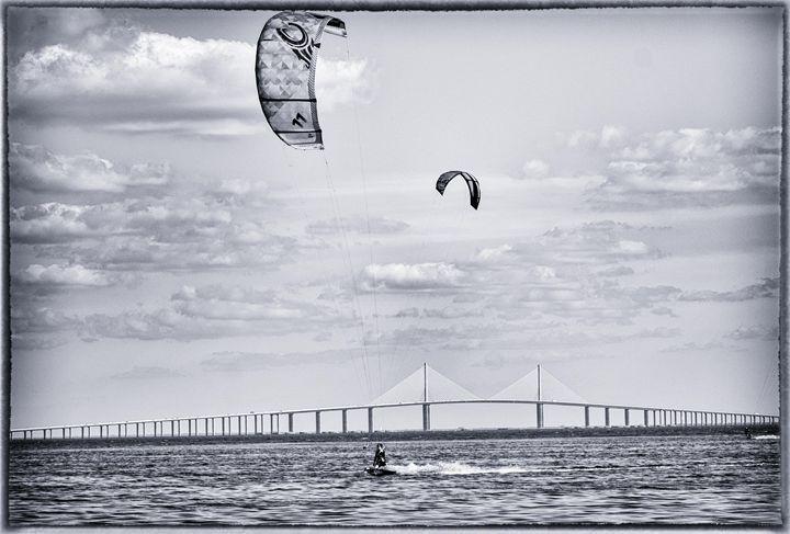 Kiteboarding-Bridge 1.1 - Michael O'Leary