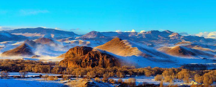 Winter remnants Summer Coon Volcano - John McEvoy Photographer