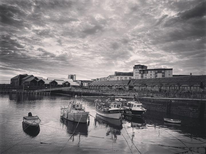 Leith Docks - IMADE JERHIDRI