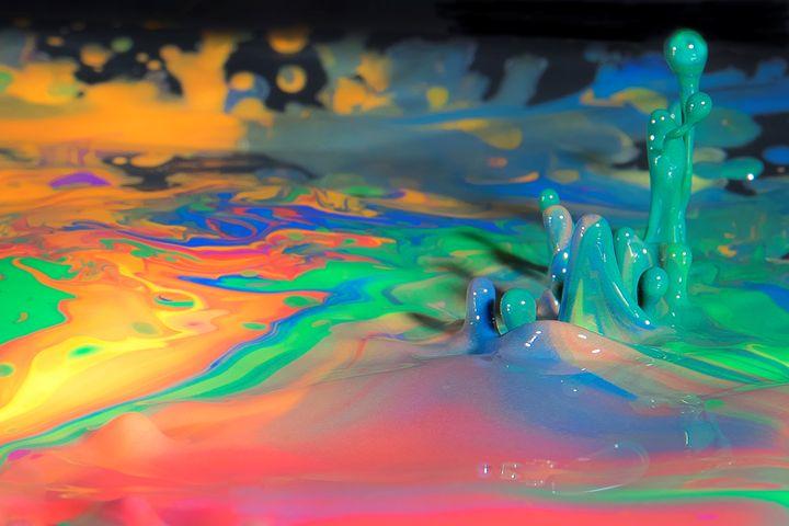 Sea of Paint - Happy Little Pixels