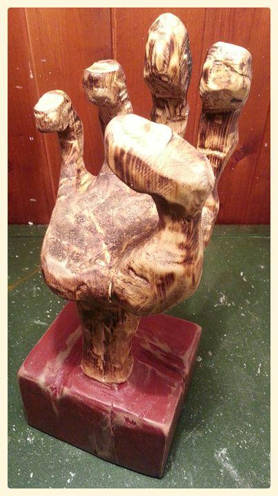 Workers Hand Sculpture - martiens bekker