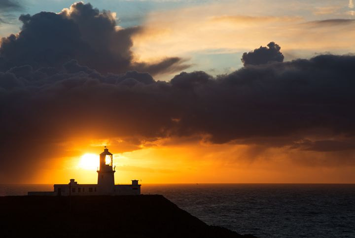 Sunset at Strumble Head Lighthouse - ianmiddletonphotography