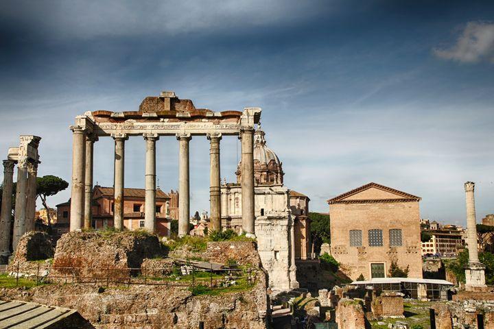 Roman Forum in Rome - Roberto Giobbi