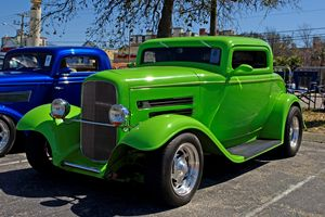 _3158129 Green Hot Rod