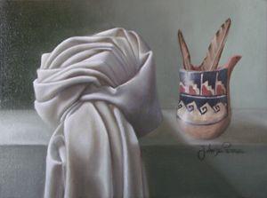 Little ceramic vas and cloth