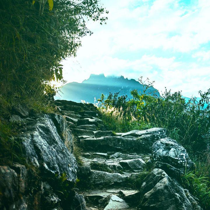 Majestic landscape of mountain range - Creative Photography