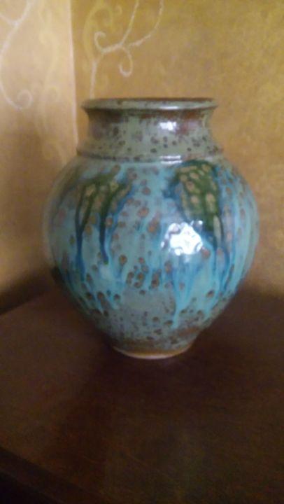 Stoneware Vase - I throw pots