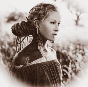 sciCor.dreads woman_10