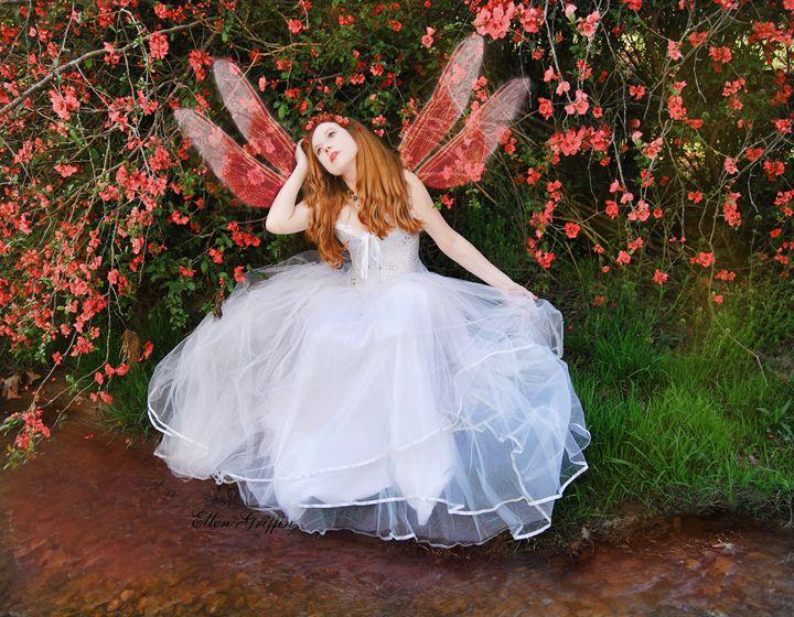 Spring Fairy - Ellen Griffin Fantasy Art