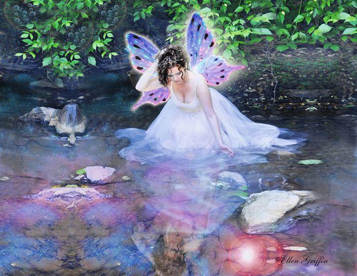 Glow Fairy - Ellen Griffin Fantasy Art