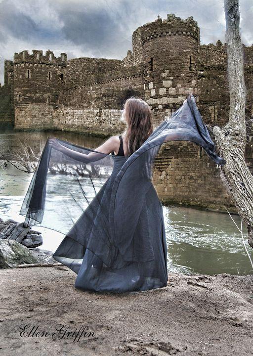 The Castle - Ellen Griffin Fantasy Art
