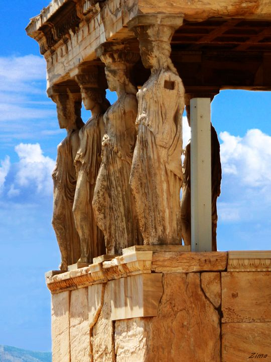 The Caryatids - Zima