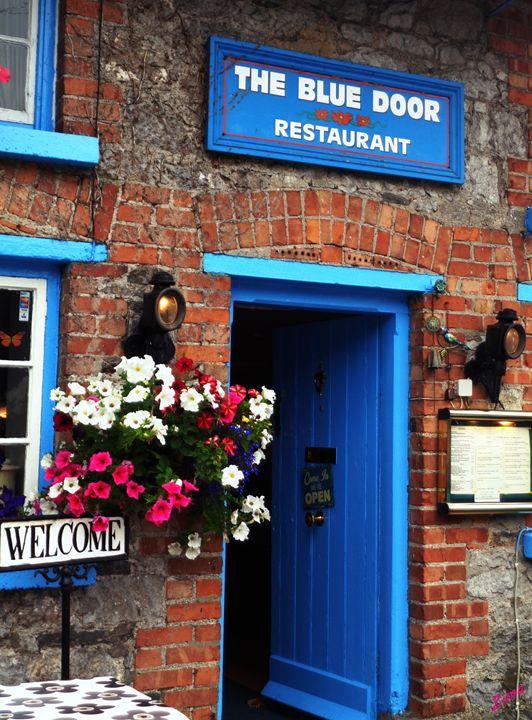 The Blue Door - Zima