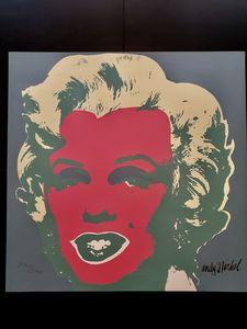 Marilyn Monroe Fucsia ( 1967) Blue
