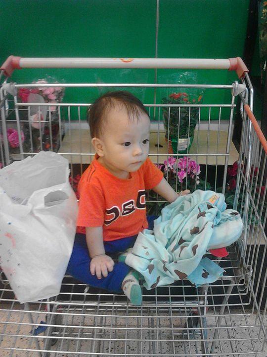 My Kids in super market - Dark Prince