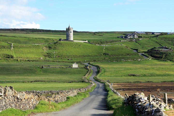 Doonagore Castle, County Clare - Aidan Moran Photography