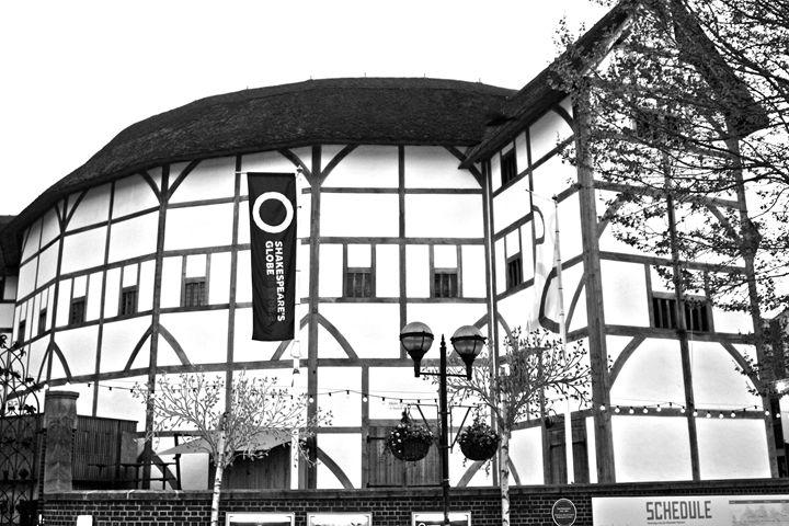The Shakespeare Globe Theatre - Aidan Moran Photography