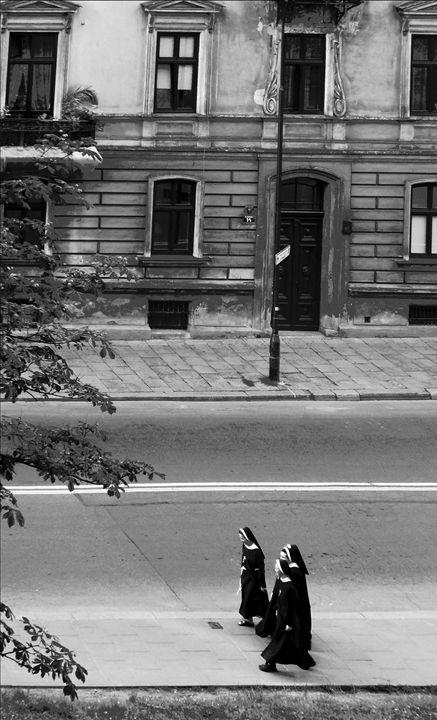 Krakow nuns - IMG