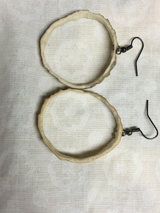 Naturally shed deer antler earrings - Wakley8 creative designs