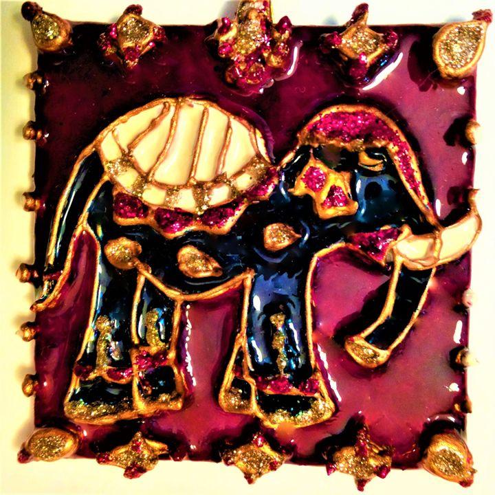 indian elephant painted pendant - indianArtOnCanvas