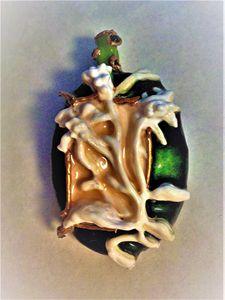 green relief Indian pendant - indianArtOnCanvas
