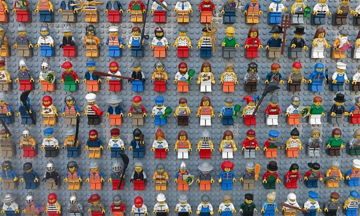 Lego People 1 - Rolf Juario