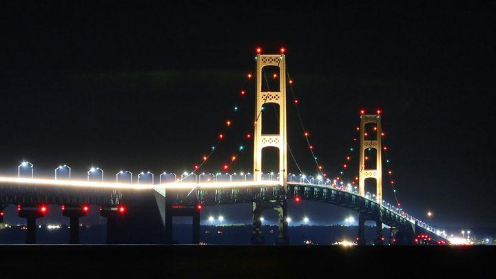 Macninac Bridge - Gustavo B Photography
