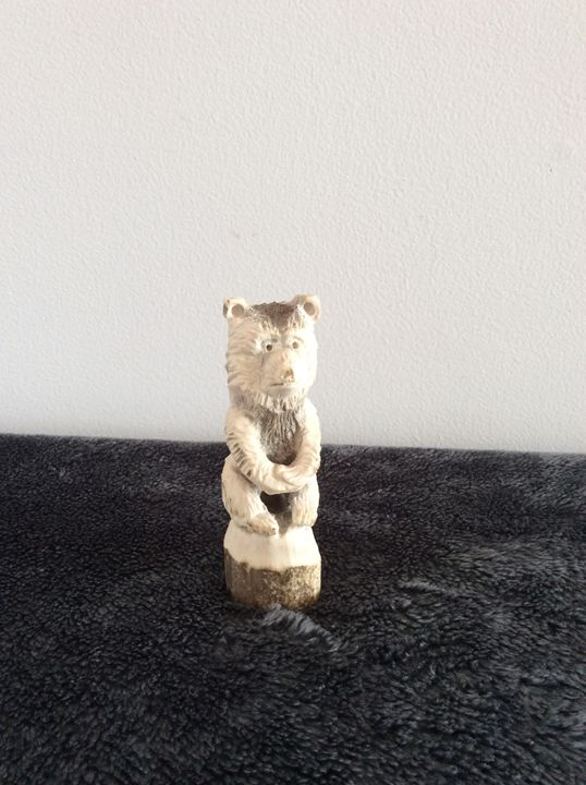 Can't Bear it - Scott's carvings