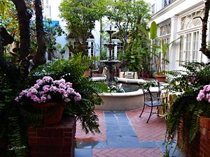 Omni New Orleans Courtyard