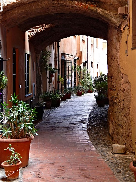 Imperia Archway - Peter Horrocks Art