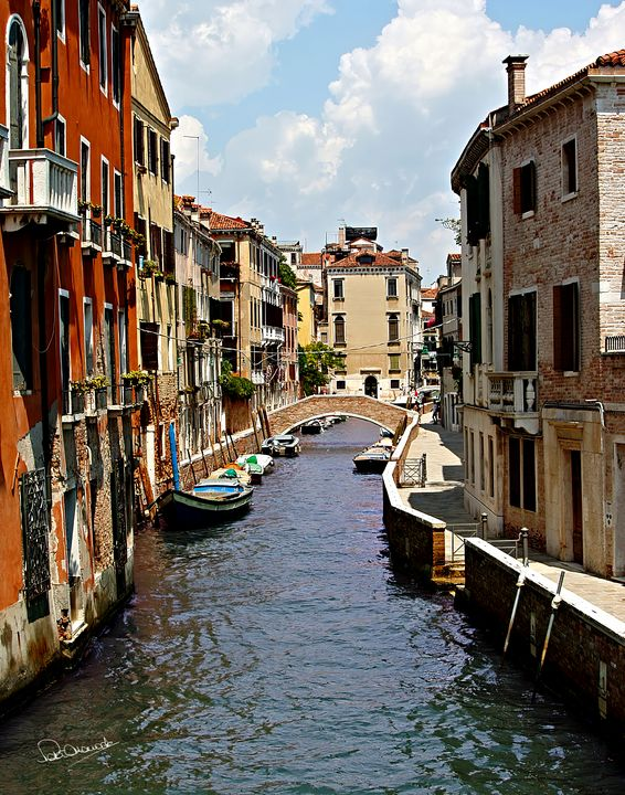 Venice Canal - Shadow and Form
