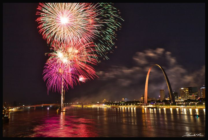 Fireworks at the Gateway Arch - Harold Rau - Photographic Artist