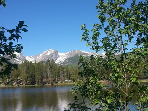 Hallett Peak from Sprague Lake