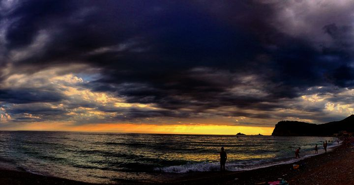 Storm Above The Sea - Kris Artwork