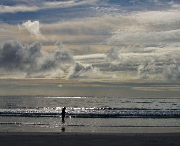 Lonely Fisherman - Adbetron
