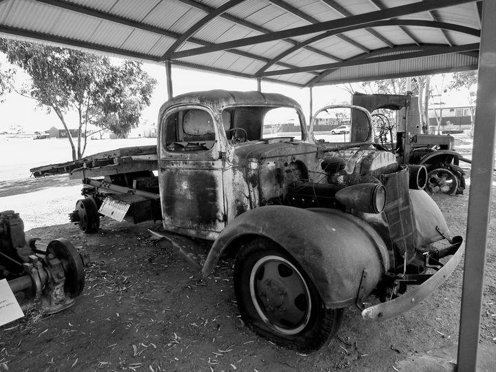 Old Truck - Adbetron