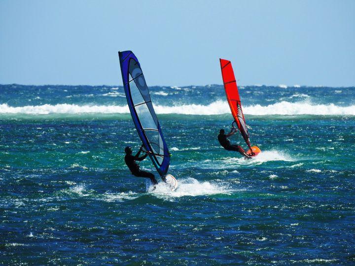 Sailboard action - Adbetron