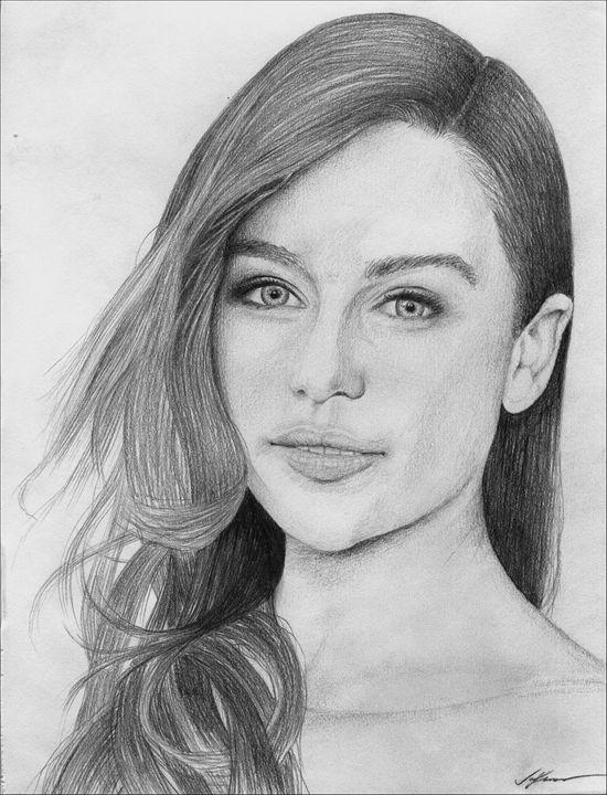 Emilia Clarke Portrait - Joel Lanus