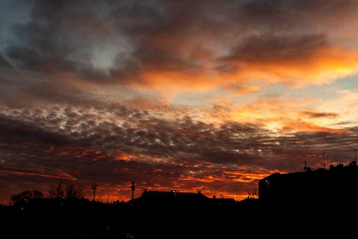 City sunset - Marin Gelussi