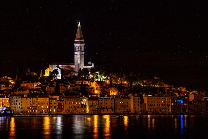 Rovinj at night - Marin Gelussi