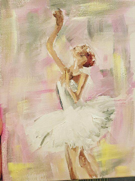 Reaching beauty - Lola Smith