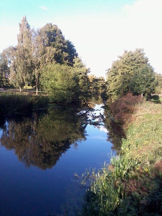River Colne, Colchester Castle Park. - Nian Lrel