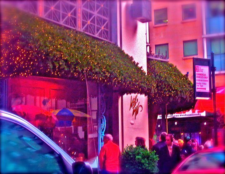 NEW YORK CITY CHRISTMAS SHOPPING - Tirzah Fujii