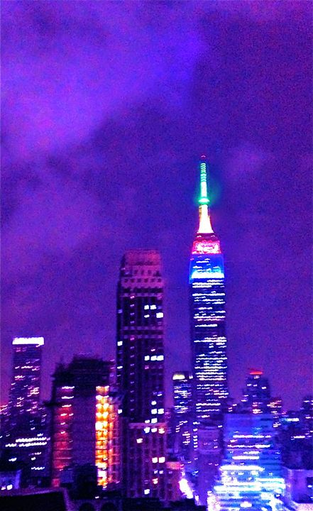NEW YORK CITY AT MIDNIGHT - Tirzah Fujii