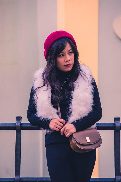 Fashionable young asian girl - Willcobain