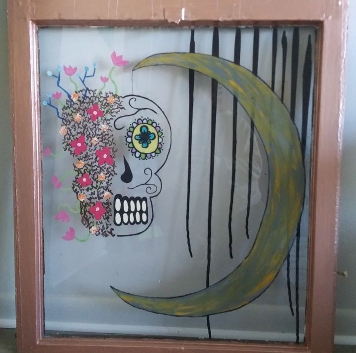 Skull and Moon - Down to Earth Artistry and Crafts