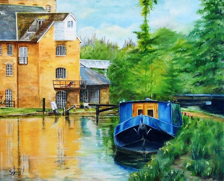 Narrow Boat, Coxes Lock, Surrey. UK - Steve James