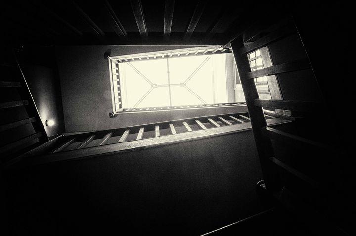 Stairs - Objektiv 187