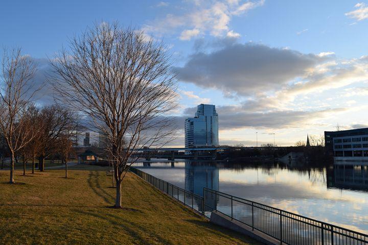 Grand Rapids RIverside - Gerbers Fine Art