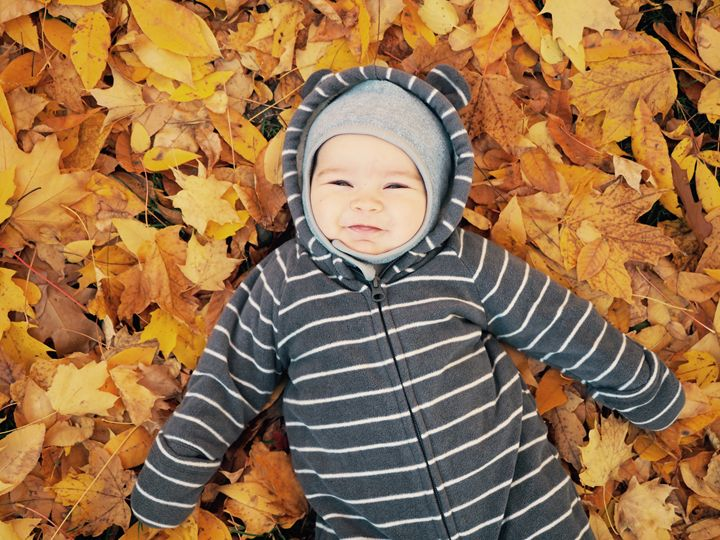 Baby and Leaves - Liana